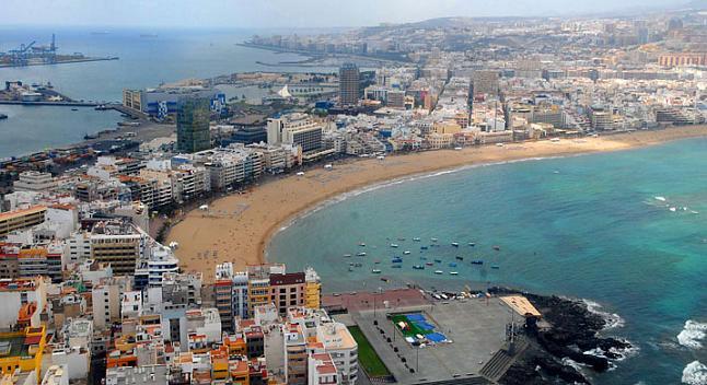 Spiaggia cittadina a Las Palmas